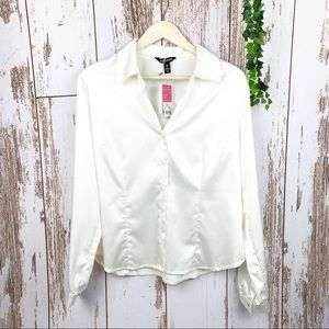 White Satin NWT Button Up Shirt Semi Fitted Blouse